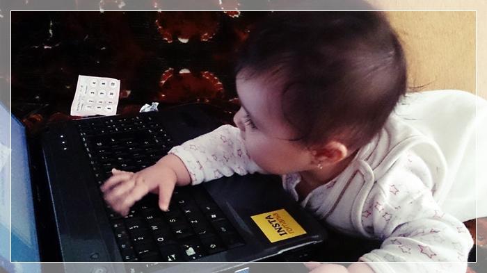 bebe la laptop maria balaban 8 luni