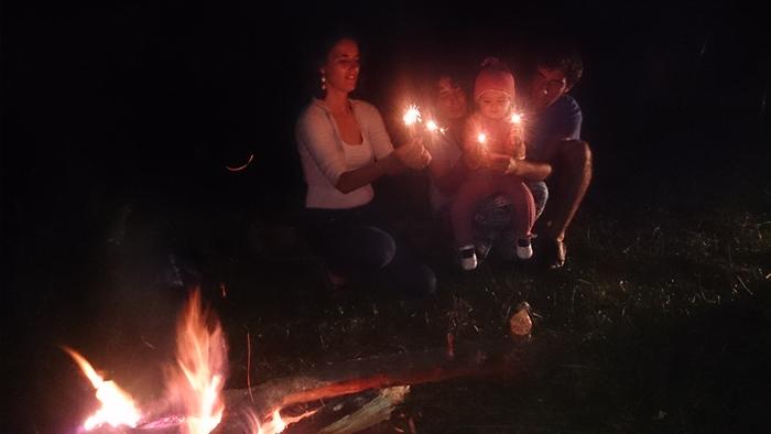 petrecere 2 ani cort foc de tabara artificii